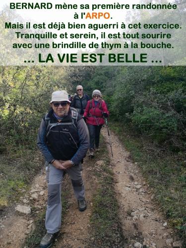 20200212 Bernard mène la randonnée.jpg